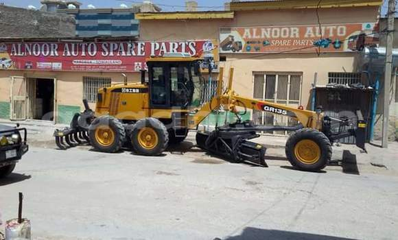 Buy Caterpillar 120 Black Truck in Hargeysa in Somaliland