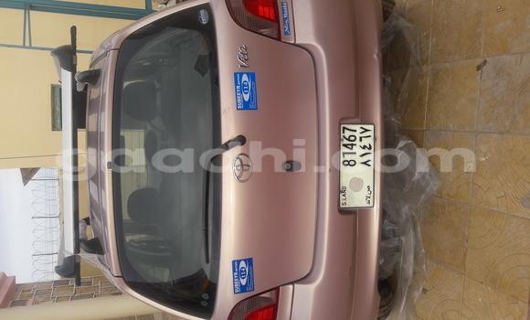 Buy Toyota Vitz Beige Car in Hargeysa in Somaliland